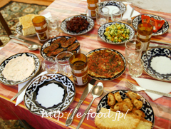 uzbekfood_table.JPG