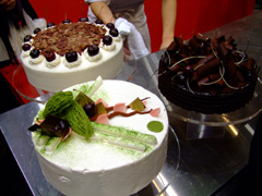 worldfoodsummit_cake.jpg